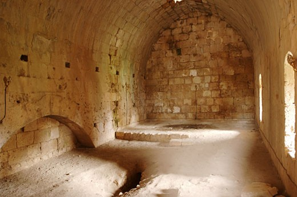 Stock Photo: 1788-4818 Syria - Latakia. Fortress of Saladin 'Qal'at Salah El-Din'. UNESCO World Heritage List, 2006. Cistern