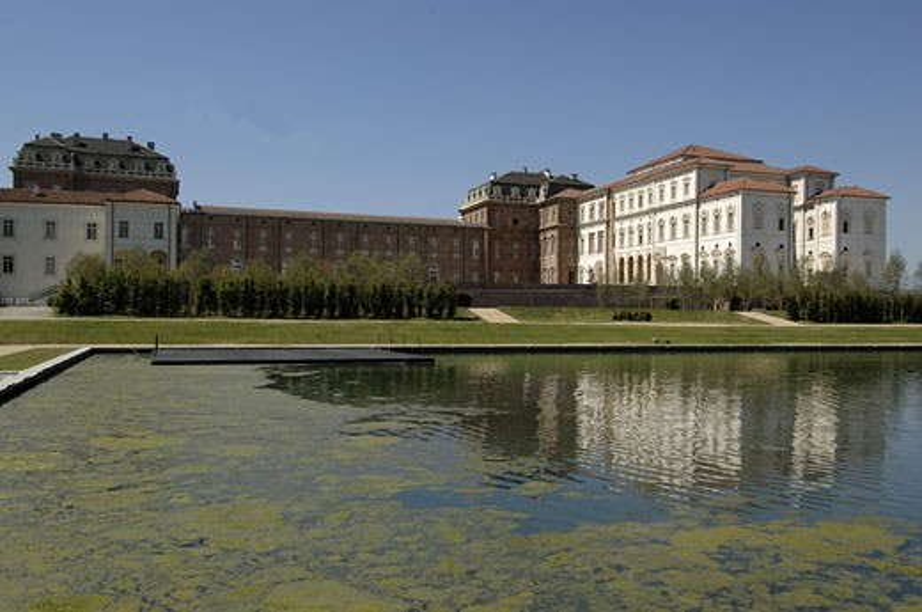 Italy, Piedmont, Venaria Reale, Royal Palace and lake : Stock Photo