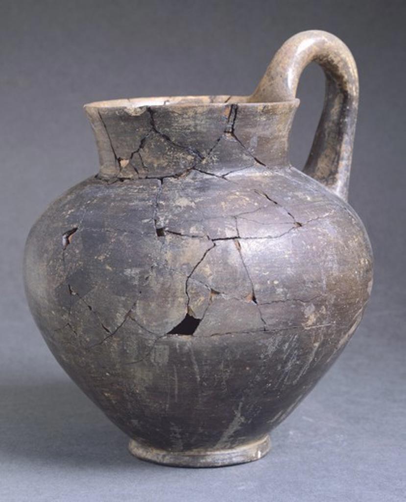 Stock Photo: 1788-51503 Pitcher in bucchero, Abruzzo, Italy. Piceno Civilization, 9th-3rd Century BC.