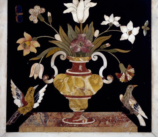 Vase with flowers and birds, 1670, by Francesco and Antonio Corbarelli, inlaid with semiprecious stones, high altar, Church of Santa Corona, Vicenza, Veneto. Italy, 17th century. : Stock Photo
