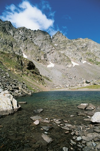 Stock Photo: 1788-59739 Piz Coca and the lake of the same name, Seriana Valley, Lombardy, Italy.