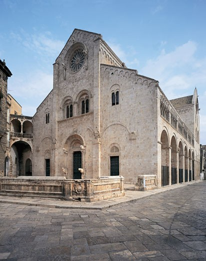 Low angle view of a cathedral, Apulian Romanesque Cathedral, Bitonto, Apulia, Italy : Stock Photo