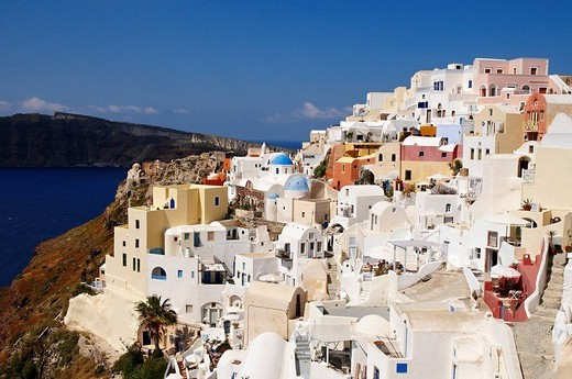 Greece, Santorin island, Oia Ia on the cliff, white house, white church with blue dome, typically Cycladic, Caldeira : Stock Photo