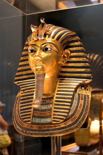 Egypt, Cairo, Cairo Museum, Toutankhamon funeral mask : Stock Photo