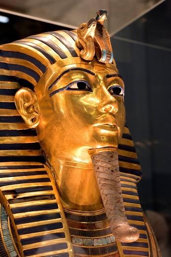 Stock Photo: 1792-100412 Egypt, Cairo, Cairo Museum, Toutankhamon funeral mask