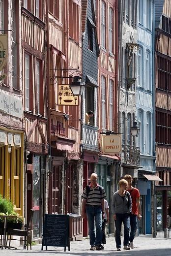 France, Seine Maritime, Rouen, Rue de Martainville : Stock Photo