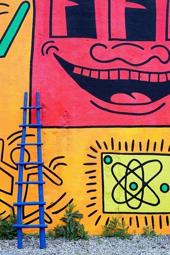 Stock Photo: 1792-100902 United States, New York city, Manhattan, Lower East Side, painted wall by Keith Haring