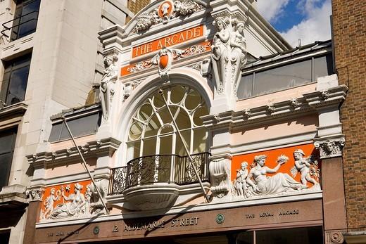 United Kingdom, London, Mayfair district, Albemarle Street, The Royal Arcade, shopping center : Stock Photo