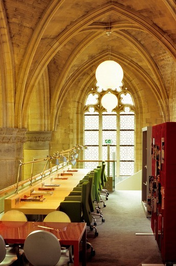 Netherlands, Limburg province, Maastricht, Kruisherenhotel, hotel located in a former monastery of the 15th century, library in the gothic church : Stock Photo