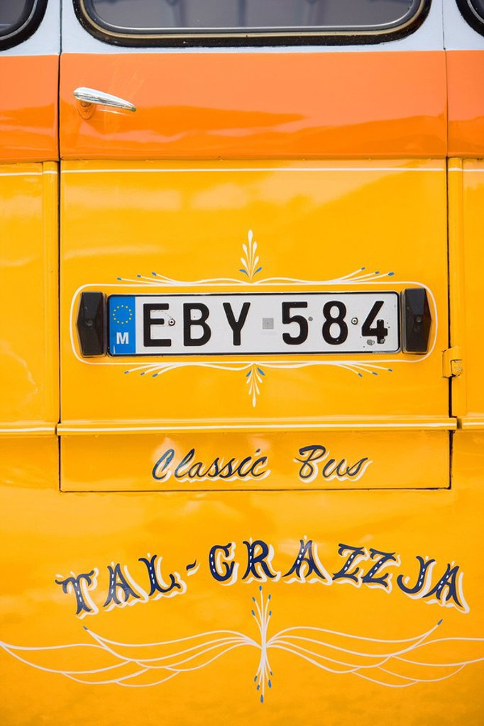 Stock Photo: 1792-102900 Malta, Valletta, bus service