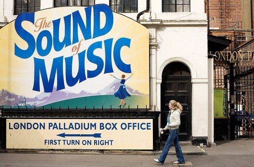 Stock Photo: 1792-104426 United Kingdom, London, Oxford Circus, entrance of the artists for the London Palladium presenting the Musical Comedy The Sound of Music