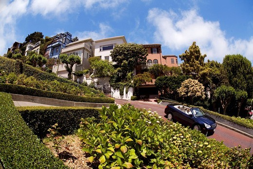 Stock Photo: 1792-105021 United States, California, San Francisco, Russian Hill District, Lombard Street, zigzag portion of the street