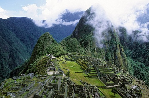 Peru, Cuzco province, sacred valley, the Inca site of Machu Picchu listed as World Heritage by UNESCO : Stock Photo