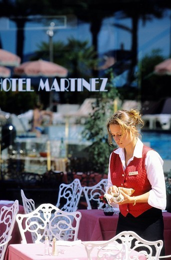 France, Alpes Maritimes, Cannes, the Hotel Martinez on the Croisette : Stock Photo