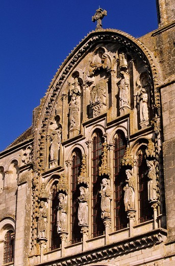 Stock Photo: 1792-108403 France, Yonne, Vezelay, Sainte Marie Madeleine de Vezelay Basilica listed as World Heritage by UNESCO, detail of the facade