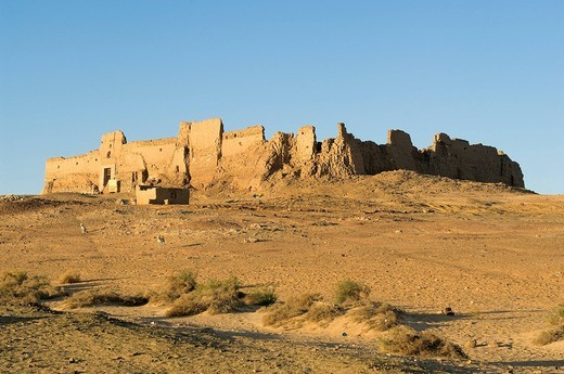 Stock Photo: 1792-108838 Egypt, Upper Egypt, Libyan Desert, Kharga Oasis, Qasr el Ghueita, former Roman fortress