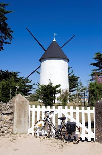 France, Vendee, Ile de Noirmoutier, La Gueriniere, Du Both Mill : Stock Photo