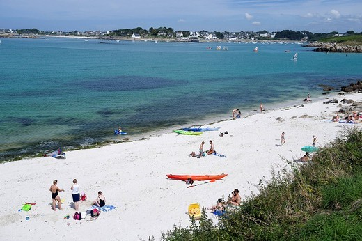 Stock Photo: 1792-110767 France, Finistere, Pays d´Iroise Iroise Country, Plage de Kersain Kersain beach, near Ploudalmezeau, with Porsall in the background