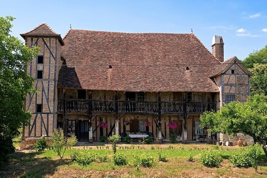 France, Saone et Loire, Juif, La Grange farm Grosse Bressane traditional floor and timbered : Stock Photo