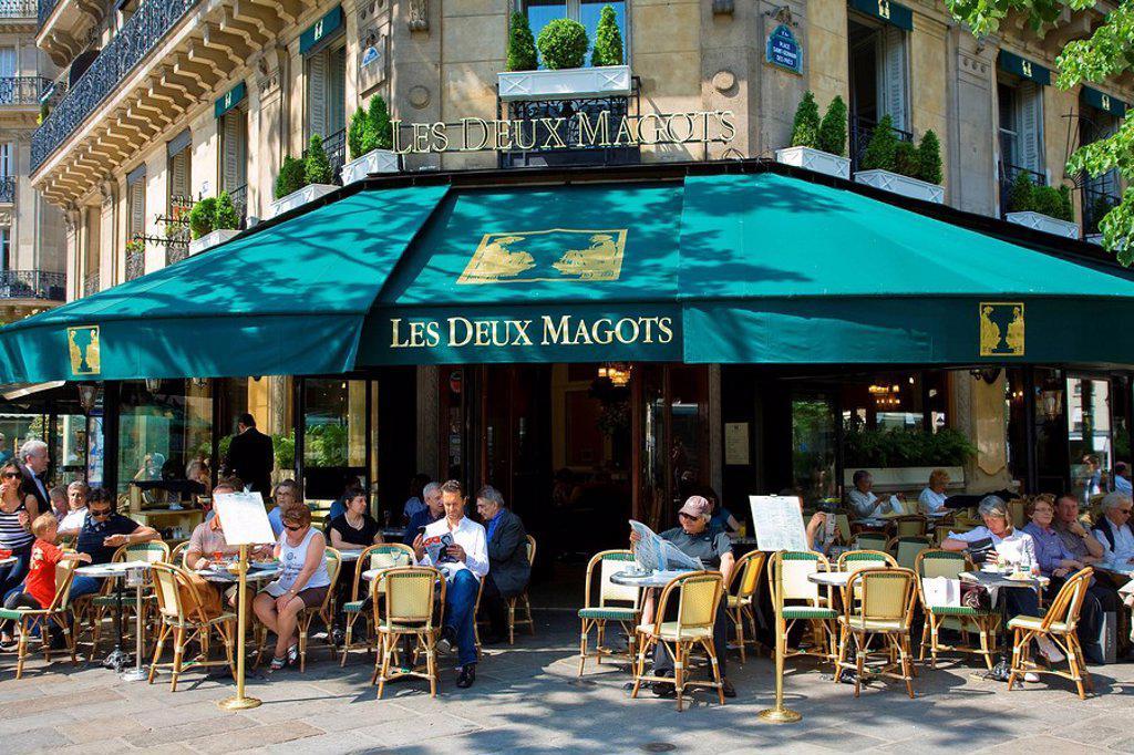 Stock Photo: 1792-113027 France, Paris, Saint Germain des Pres District, Les Deux Magots Cafe