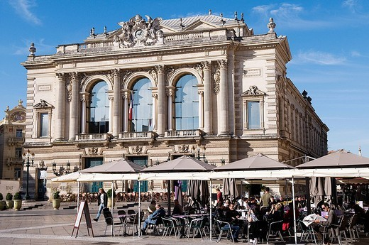 France, Herault, Montpellier, place de la Comedie Comedy Square, terrace of Cafe and opera : Stock Photo