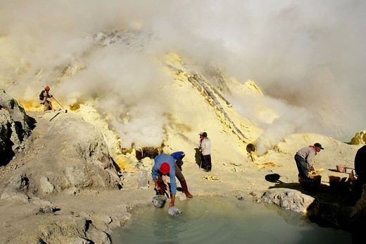 Stock Photo: 1792-115209 Indonesia, Java, sulfur mine in Kawah Ijen volcano