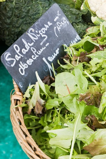 France, Alpes Maritimes, Nice, Old Town, Cours Saleya, mesclun salad mix on the market stall : Stock Photo