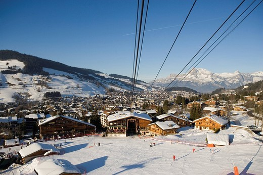France, Haute Savoie, Megeve, the ski station and its chalets seen from the cable car of Rochebrune : Stock Photo