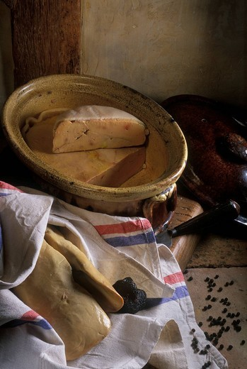 Stock Photo: 1792-116920 France, Correze, Pays de Brive, Brive la Gaillarde, fresh foie gras, truffles and Micuit Foie gras terrine
