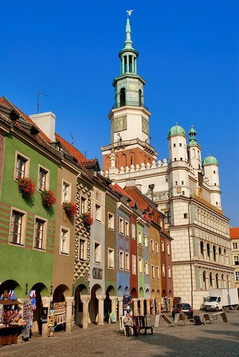 Poland, Wielkopolska region, Poznan, the place of the old market, Stary Rynek and the renaissance town hall built between 1550 and 1560 : Stock Photo