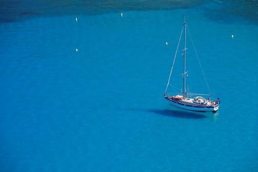 France, Haute Corse, Cap Corse, Marine de Giottani, sailing boat anchorage : Stock Photo