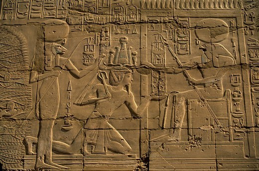 Egypt, Upper Egypt, Nile Valley, Luxor, Luxor Temple listed as World Heritage by UNESCO, a pharaoh between Sekhmet and Ra : Stock Photo