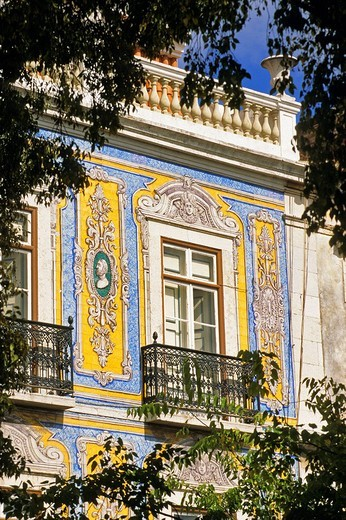 Portugal, Lisbon, facade covered in azulejos, Santa Clara street, next to the market : Stock Photo