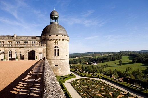 France, Dordogne, Perigord Noir, Hautefort, castle : Stock Photo