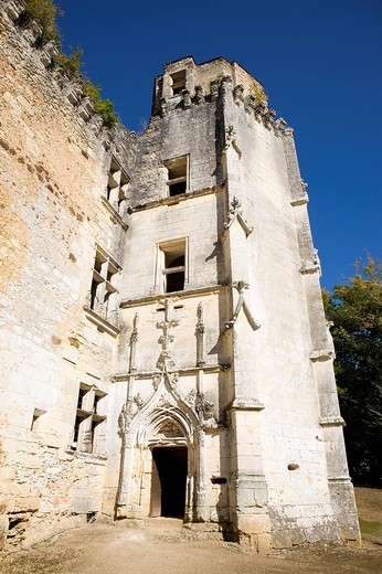 France, Dordogne, Perigord Noir, Rouffignac Saint Cernin de Reilhac, 15th century Chateau de l´Herm, where Jacquou le Croquant novel by Eugene Le Roy takes place : Stock Photo