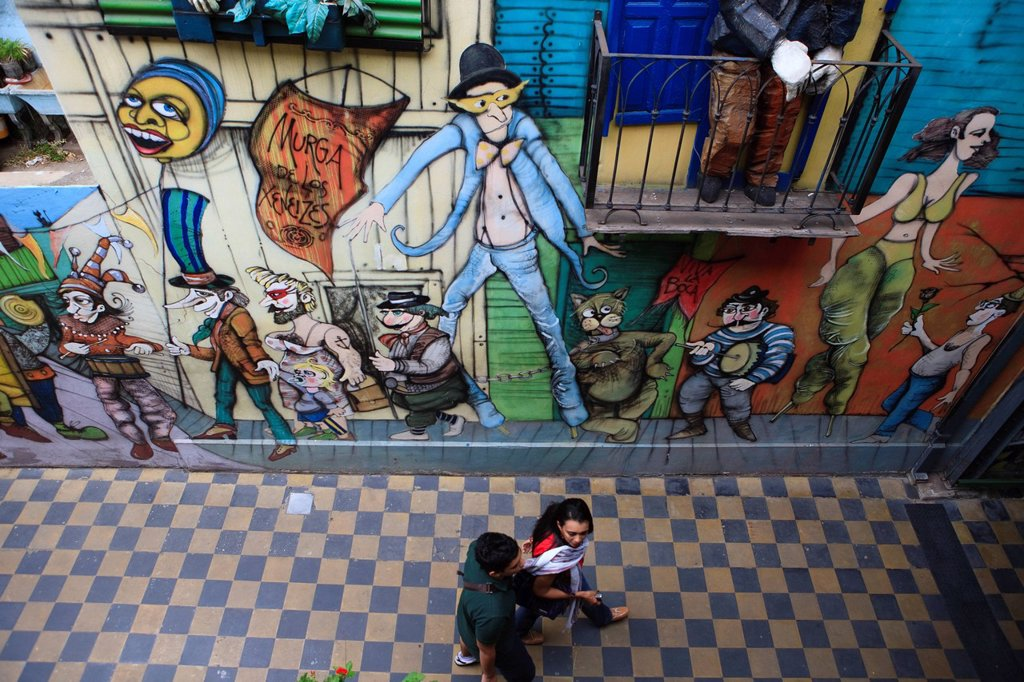 Stock Photo: 1792-125379 Argentina, Buenos Aires, La Boca district, mural on Magallanes street near Caminito street