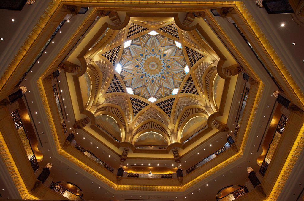 Stock Photo: 1792-126391 United Arab Emirates, Abu Dhabi, Emirates Palace Hotel
