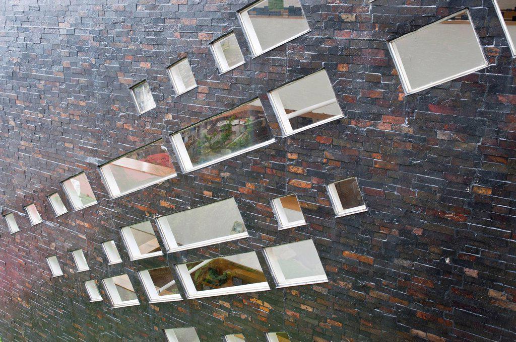 Stock Photo: 1792-126465 Colombia, Antioquia Department, Medellin, Santo Domingo Savio District, Biblioteca Espana by architect Giancarlo Mazzanti built in 2010