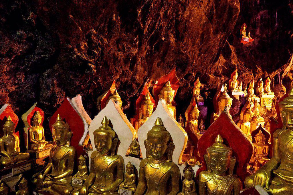 Myanmar Burma, Shan state, Pindaya, 8000 buddhas cave : Stock Photo