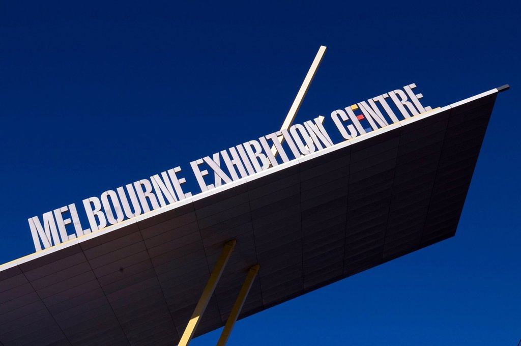 Stock Photo: 1792-130403 Australia, Vicoria, Melbourne, Melbourne Exhibition and Cultural Center on Southbank District