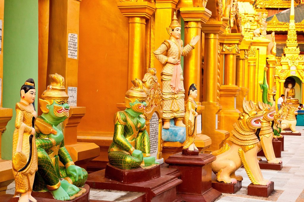 Myanmar Burma, Yangon division, Yangon, Shwedagon pagoda statues : Stock Photo