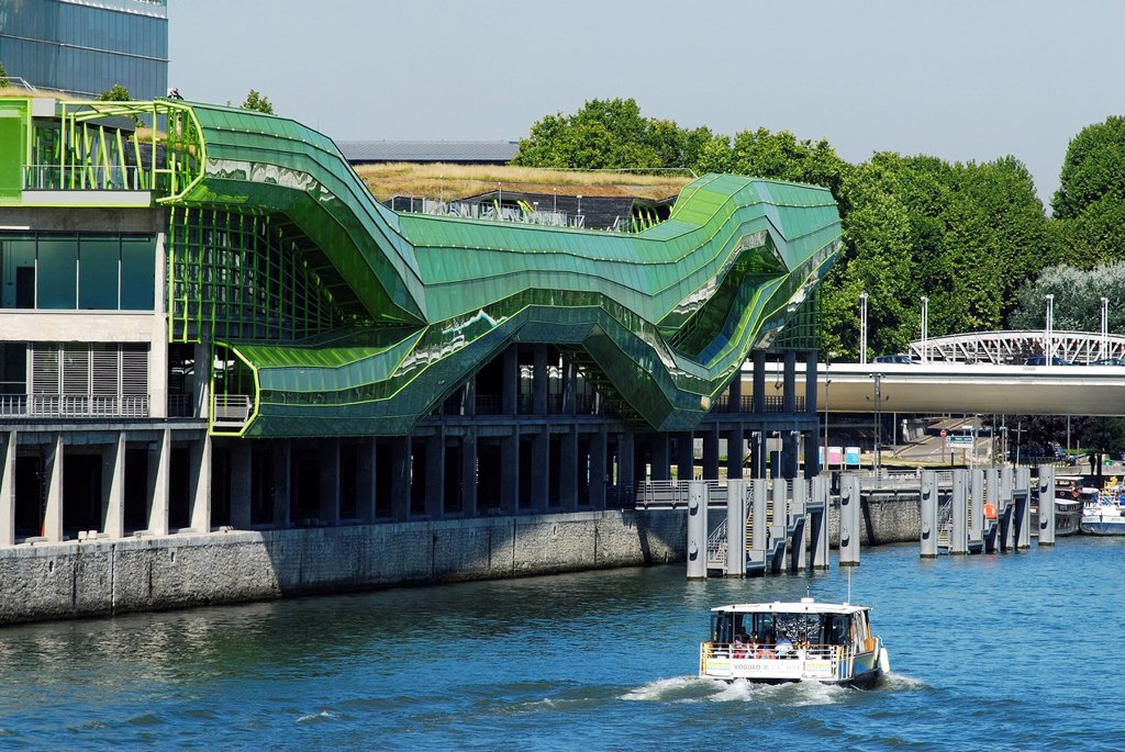 Stock Photo: 1792-130782 France, Paris, Seine River banks listed as World Heritage by UNESCO, Cite de la Mode et du Design, industrial buildings of the former Magasins Generaux renovated by the architects Dominique Jakob and Brendan MacFarlane, opening expected in Autumn 2011