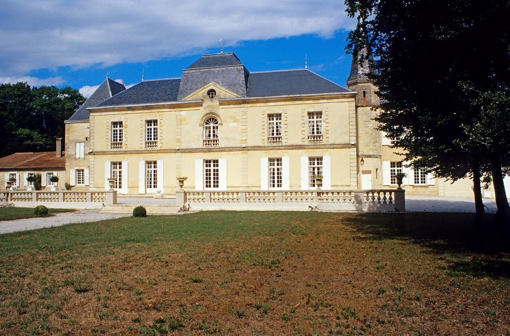 Stock Photo: 1792-130827 France, Gironde, Pauillac, Chateau Lynch Moussas, 19th century house