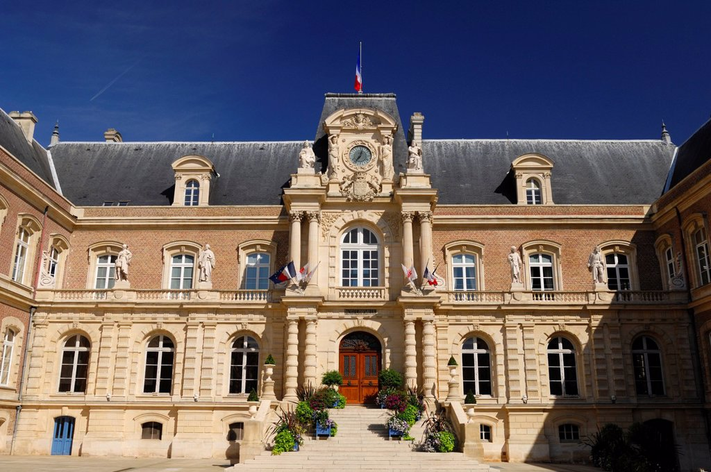 Stock Photo: 1792-132635 France, Somme, Amiens, the City Hall