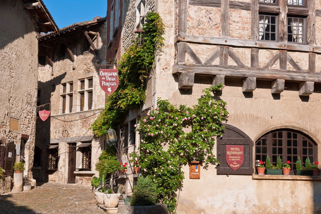 Stock Photo: 1792-133744 France, Ain, the Medieval village of Perouges, labelled Les Plus Beaux Villages de France The Most Beautiful Villages of France, the hotel restaurant Ostellerie du Vieux Perouges on the Place de la Halle Market Square also called Place du Tilleul