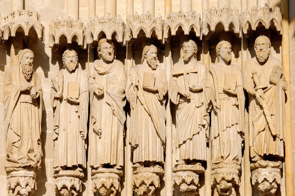 France, Somme, Amiens, Notre Dame d´Amiens Cathedral, listed as World Heritage Site by UNESCO, statues to the left of the portal of Judgement day : Stock Photo
