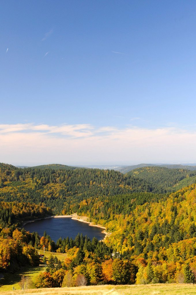 Stock Photo: 1792-135953 France, Vosges, above La Bresse, the Lac de la Lande, artificial lake for electricity production, Fall