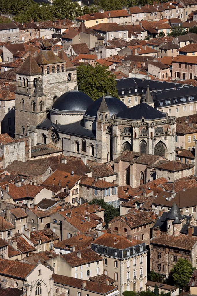 Stock Photo: 1792-136870 France, Lot, Cahors, overlooking the rooftops of the old town and the Cathedral St Etienne