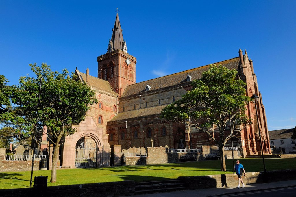United Kingdom, Scotland, Orkney Islands, Mainland, town of Kirkwall, Saint_Magnus cathedral : Stock Photo