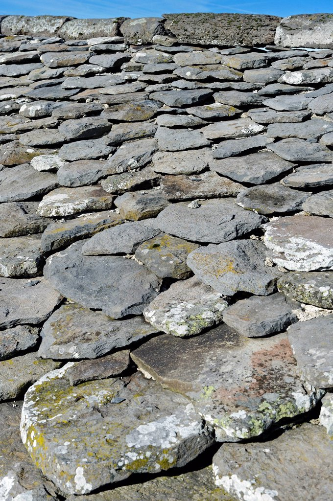 Stock Photo: 1792-138892 France, Cantal, Parc Naturel Regional des Volcans d´Auvergne Natural Regional Park of Auvergne Volcanoes, Saint Jacques des Blats, Niercombe Buron, traditional dwelling, details of roof slate tiles